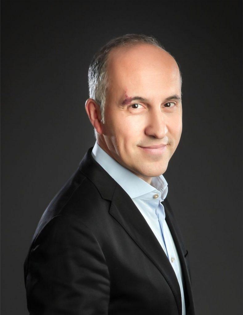 Muejdat - CEO bei Ladenbau-Berlin